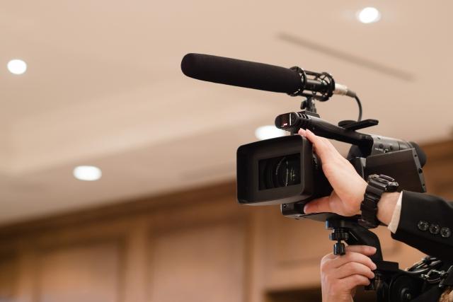 ビデオ撮影用カメラ